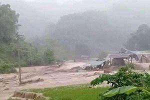 Tin bão số 3: Hàng chục người và nhà cửa bị cuốn trôi ở Thanh Hóa