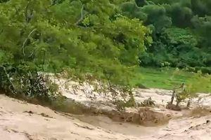 Lũ quét cuồn cuộn, hàng chục người mất tích ở Thanh Hóa, Sơn La...
