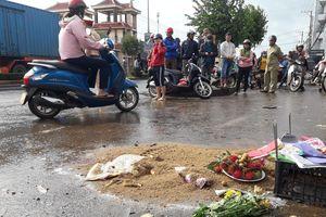 Vụ xe khách tông 5 người thương vong: Nỗi đau tang thương nơi xóm chợ