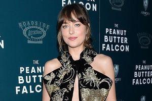 'Cô đào' Dakota Johnson quyến rũ với đầm thêu sang trọng trên thảm đỏ