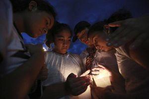 Người mẹ trẻ xả thân che đạn cứu con trong thảm sát ở Texas