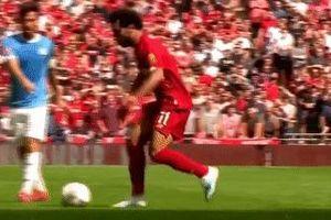 Salah loại 3 cầu thủ Man City bằng pha rê bóng kỹ thuật