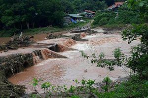 Hai trẻ em bị lũ cuốn ở Điện Biên: Tìm thấy thi thể một người