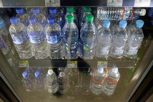 Sân bay quốc tế San Francisco cấm bán chai nhựa