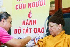 Gần 500 tăng ni phật tử tham gia 'Ngày hội Hiến máu cứu người'