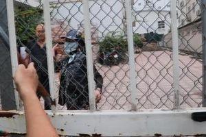 Giải cứu 4 người bị bắt nhốt trái phép tại trường Pascal