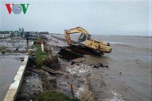 Hiện trường sau cơn thủy triều khủng khiếp tại Cà Mau