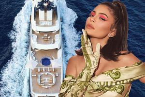 Em út nhà Kardashian thuê siêu du thuyền 5800 tỉ đồng tổ chức sinh nhật