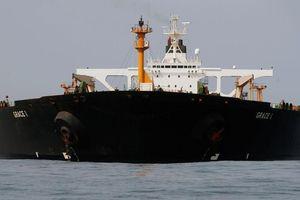 Iran bắt giữ tàu chở dầu nước ngoài thứ ba