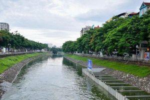 Cận cảnh khu vực thí điểm làm sạch sông Tô Lịch sau ngày mưa bão