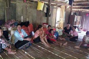 Xót xa cảnh gia đình nhiều người mất tích do lũ cuốn trôi ở Thanh Hóa