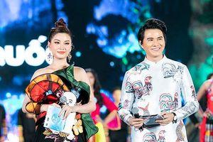 Á hậu Diễm Trang, MC Vũ Mạnh Cường gặp sự cố lia lịa trước CK Miss World Việt Nam