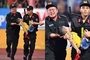 Chiến sĩ CSCĐ nói gì về khoảnh khắc nén đau cứu sống bé trai đang co giật?