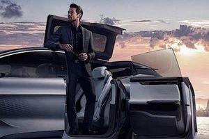 SUV điện Trung Quốc gây bất ngờ với cánh cửa kì lạ và nội thất 'bội thực' màn hình cỡ lớn