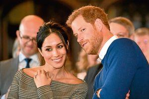 Hoàng tử Harry 'đốn tim' fans bằng lời chúc ngọt ngào dành cho vợ