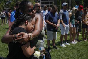 Xả súng kinh hoàng ở Ohio: Em gái nghi phạm trong số 9 người thiệt mạng
