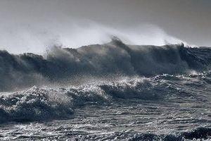 Biển động mạnh bởi Áp thấp nhiệt đới