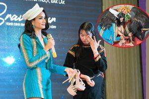 H'Hen Niê tặng giày, đến nhà thuyết phục cô gái Ê Đê thi 'Miss Universe Vietnam'