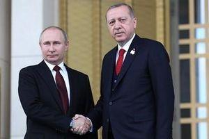 Toan tính của Thổ Nhĩ Kỳ trong quan hệ với 2 cường quốc