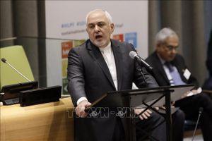 Iran yêu cầu khôi phục mức xuất khẩu dầu tối thiểu 2,8 triệu thùng/ngày