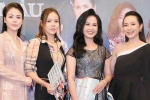 Diện đầm xòe công chúa, 'mẹ chồng quốc dân' Lan Hương 'chặt đẹp' dàn mỹ nhân phim nối sóng Về Nhà Đi Con