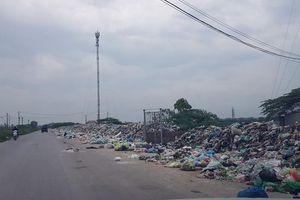 Bắc Ninh: Con đường rác dài hun hút cạnh KCN Yên Phong