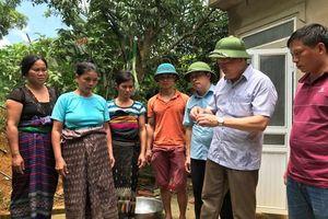 Ngành y tế tập trung cứu chữa bệnh nhân và xử lý môi trường, phòng chống dịch bệnh sau lũ ở huyện Quan Sơn