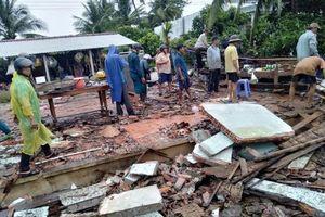 ĐBSCL: Gần 1.000 ngôi nhà bị sập, tốc mái
