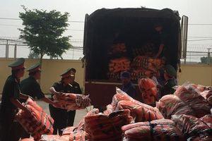 Bộ Quốc phòng xuất cấp hàng cứu trợ nhân dân vùng lũ Thanh Hóa