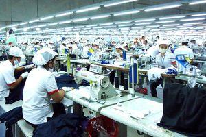 Một lao động Singapore làm việc hiệu quả gấp 13,7 lần lao động Việt