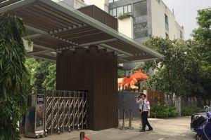 Phụ huynh trường Gateway bàng hoàng, nhiều người xin chuyển trường cho con