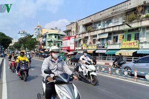 Dự báo thời tiết hôm nay: Hà Nội nắng nóng, Sài Gòn mưa dông