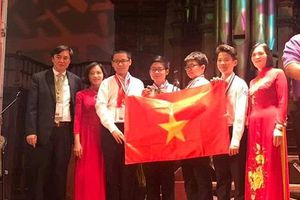 Đội tuyển Việt Nam lọt top 5 thế giới cuộc thi Toán học trẻ quốc tế IMC