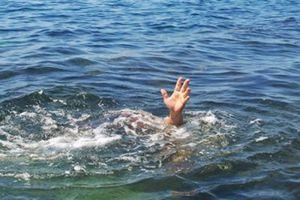 Mưa lớn, một người ngã xuống suối tử vong