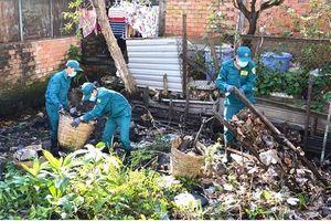 Buộc người xả rác khắc phục hậu quả