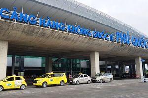 Hàng chục chuyến bay đến Phú Quốc không thể hạ cánh vì thời tiết xấu