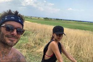 Vợ chồng David Beckham khoe ảnh tình tứ trong chuyến du lịch Ý