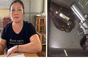 Hải Phòng: Bắt 'má mì' băng nhóm ma túy, thu giữ cả súng đạn