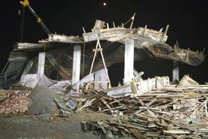 Hải Phòng: Khởi tố vụ sập giàn giáo khiến 8 công nhân gặp nạn