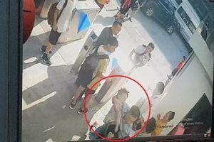 Không có dữ liệu camera điều tra màu áo bé lớp 1 tử vong trên xe đưa đón?