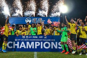 Bóng đá Thái Lan lại bị 'kèo dưới' qua mặt