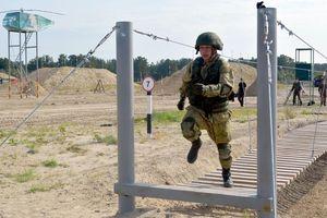Ngỡ ngàng nguồn gốc quân phục công binh Việt Nam thi đấu ở Nga