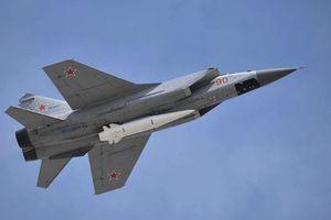 Nga phô diễn sức mạnh tên lửa siêu thanh 'bất khả chiến bại' tại Hội thao quốc tế