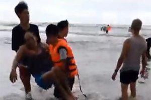 Nhiều du khách chết khi tắm biển Bình Thuận