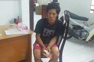 Bắt tên trộm dùng dao gây án tại nhà dân