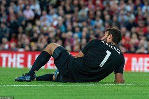 Liverpool nhận tin 'sét đánh' trong trận ra quân tưng bừng ở Premier League