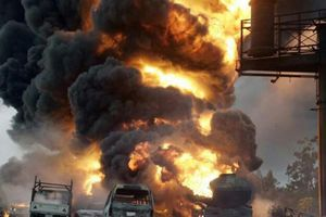 Tanzania: Nổ xe bồn chở nhiên liệu, hơn 60 người hôi dầu thiệt mạng