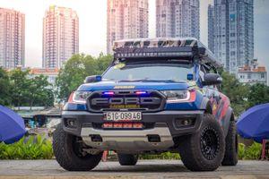 Ford Raptor chưa đủ ngầu, chủ xe chi trăm triệu độ lại 'nhan sắc'