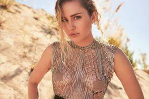 Những lần Miley Cyrus đăng ảnh khiêu khích trước khi chia tay chồng