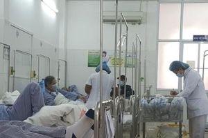 Cấp bách triển khai các biện pháp ngăn chặn sốt xuất huyết lan rộng trên cả nước